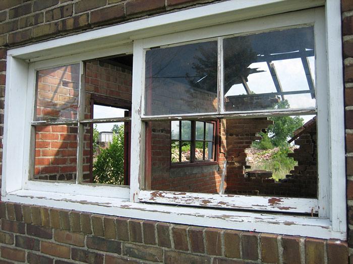 28-painting-window